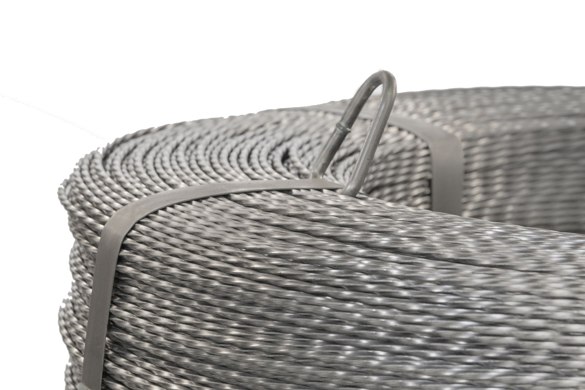 Square twisted wire